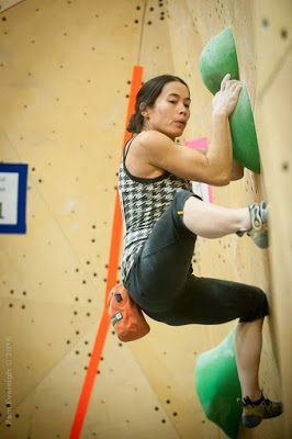 thomasina pidgeon, alberta bouldering provinicals, coaching for climbing, climbing coaching, coaching for bouldering